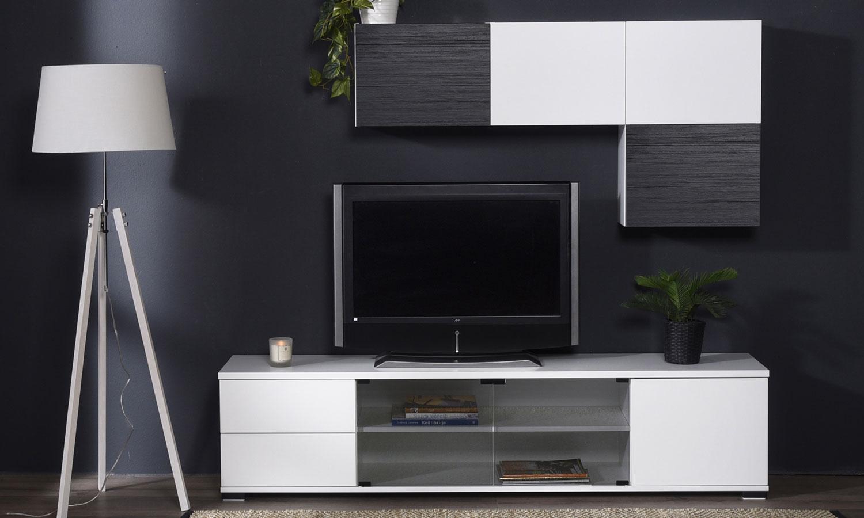 tv-taso ja seinähyllyt